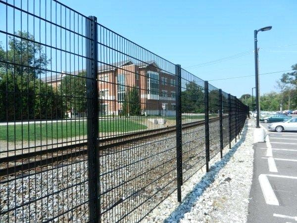 welded-wire fence mesh fencing weld panels
