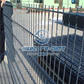 Double wire 656 wire mesh fencing